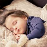 قبل بداية الدراسة : نوم الظهيرة مفيدة لتنمية ذكاء طفلك