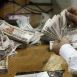 وزير المالية يكشف موعد صرف العلاوة لغير الخاضعين للخدمة المدنية