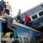 بالصور.. رابع حادث قطار ضخم في الهند خلال عام واحد
