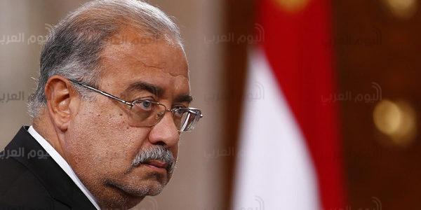 """""""مريض"""" يقود الحكومة المصرية.. وتوقعات بتنحي شريف إسماعيل قريبًا"""