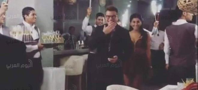 دينا الشربينى ترقص علنا فى حفل ميلاد عمرو دياب