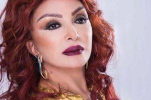 """صور وفيديو..""""فستان أحمر وتورتة كف أزرق"""".. نبيلة عبيد تحتفل بعيد ميلادها 74"""