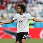 عمرو وردة يواجه الجماهير في مباراة مصر وأوغندا.. بالصورة رد فعلهم مفاجيء