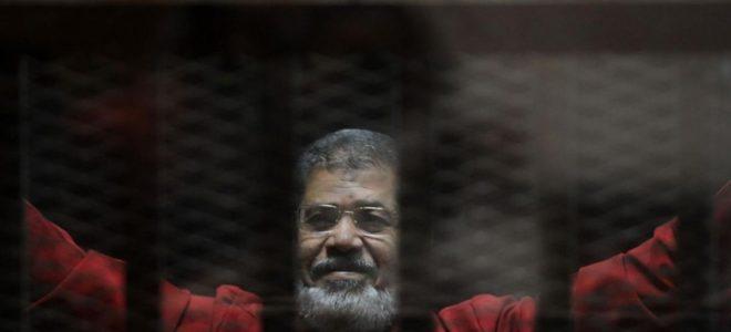 عمرو أديب يكشف سر شهر يونيو في حياة الرئيس الأسبق محمد مرسي.. فيديو